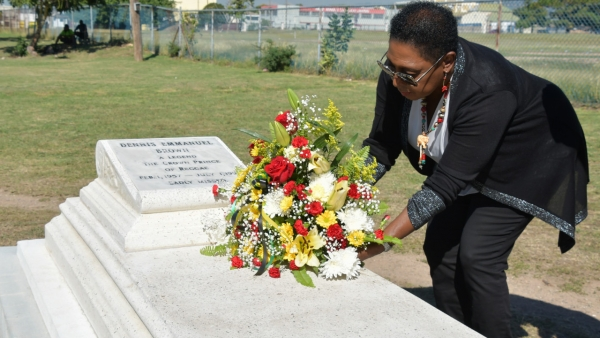 Minister of Culture, Gender, Entertainment and Sport, the Honourable Olivia Grange, pays tribute to Dennis Brown at National Heroes Park on the anniversary of the late Reggae singer's 62nd birthday