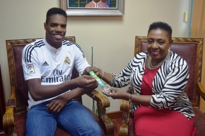 Sport Minister Meets with Jamaican Olympics-bound Diver, Yona Knight-Wisdom