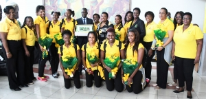 The Honourable Olivia Grange, Minister of Culture, Gender, Entertainment and Sport; Permanent Secretary, Denzil Thorpe, President Dr Paula Daley-Morris and Officials of Netball Jamaica; Sponsor Representative, Coaches Sasher-Gaye Henry and Marvette Anderson with members the Sunshine Girls team who won a bronze medal at the just concluded Commonwealth Games in Australia. The team was met by the Minister at the Norman Manley International Airport upon their arrival today (April 17).